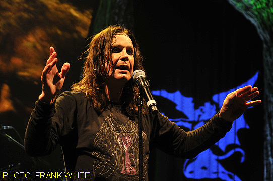 BLACK SABBATH  AUG 8 2013  PHOTO FRANK WHITE  MOHEGAN SUN ARENA CT (30) copy