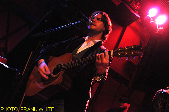 JANN KLOSE  DEC  6 2013 PHOTO  FRANK WHITE  ROCKWOOD  MUSIC HALL NEW  YORK CITY (3)