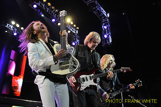 STYX  JUNE 26 2014  PHOTO  FRANK WHITE  PRUDENTIAL CENTER  NEWARK  NEW JERSEY (6)