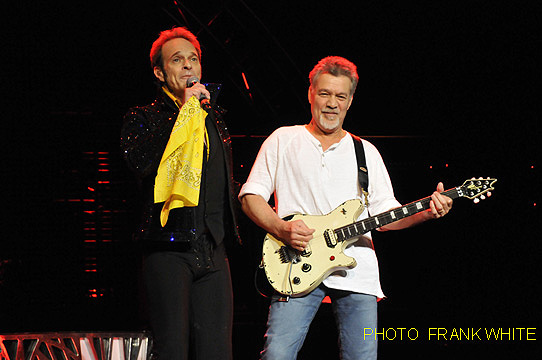 VAN HALEN  SEPT 6 2015  PHOTO FRANK WHITE  BETHEL WOODS BETHEL NEW YORK (28) copy
