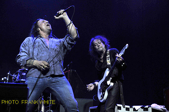 RED DRAGON CARTEL  JULY 18 2015  PHOTO  FRANK WHITE  NEWTON THEATER  NEWTON NEW JERSEY (22)